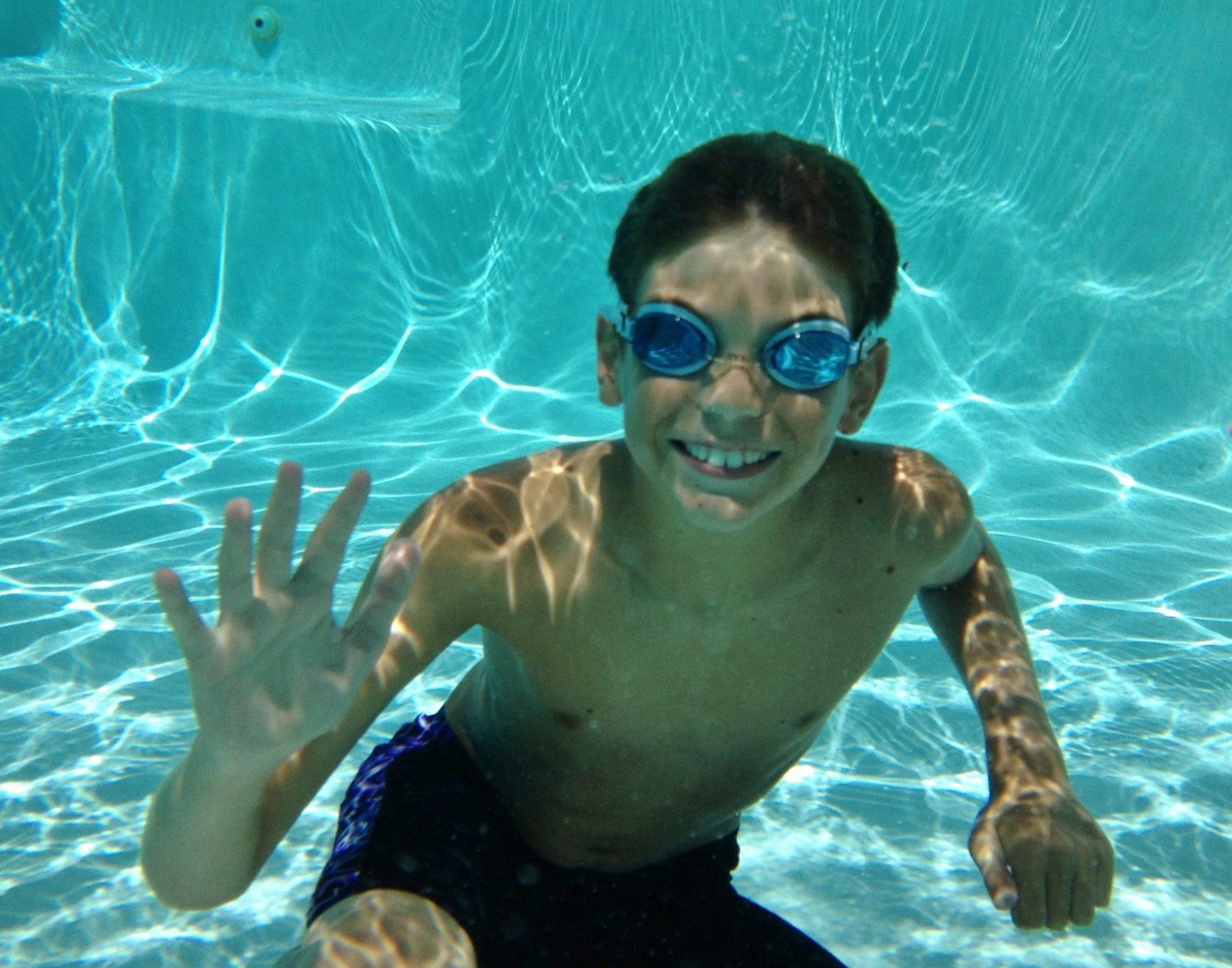 underwater pool sat sandnsol jade east destin condo