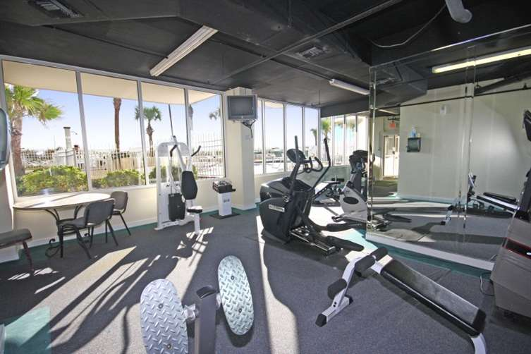 fitness center at sandnsol oceanfront destin condo jade east
