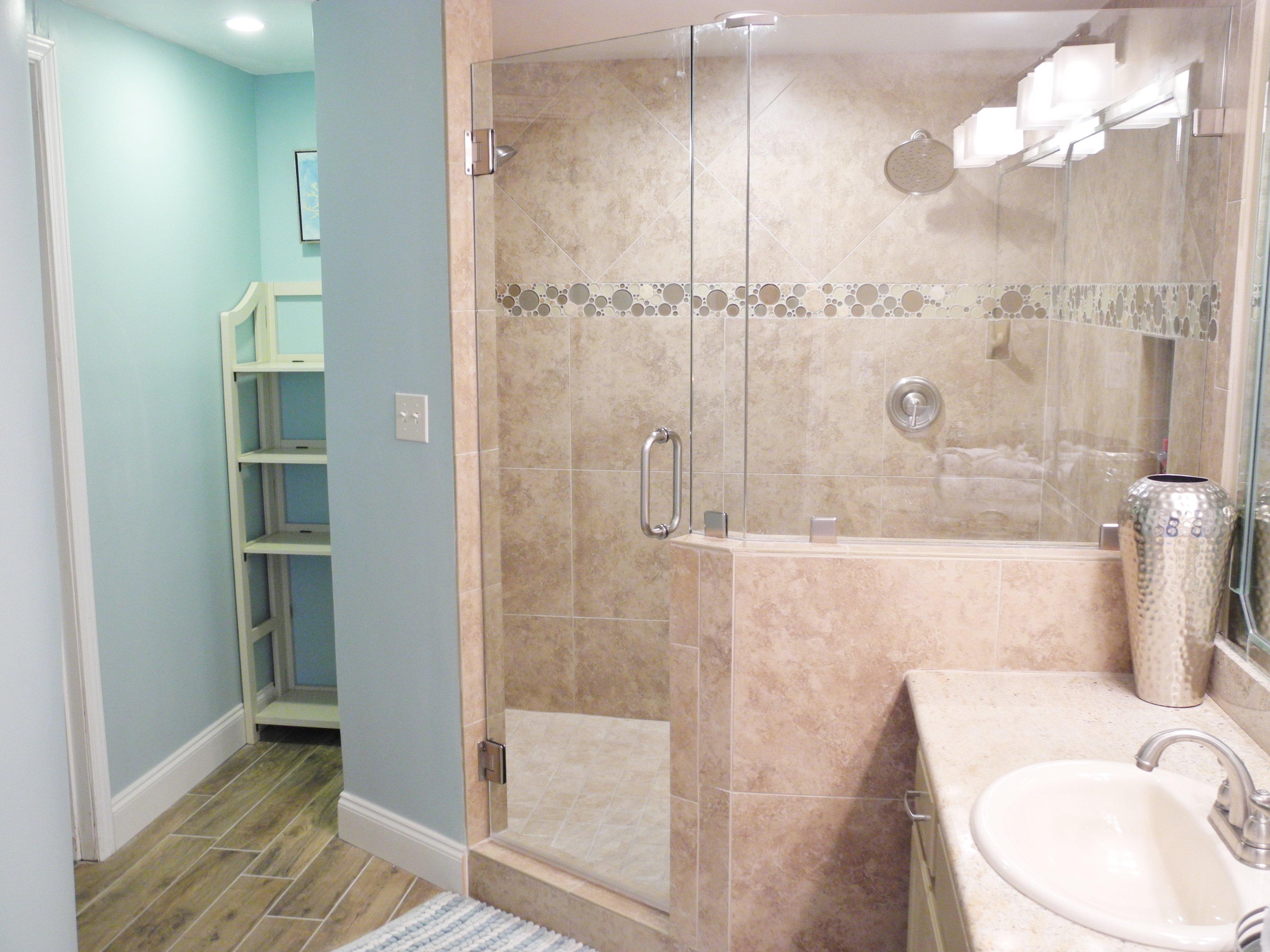 master bath sandnsol oceanfront destin condo