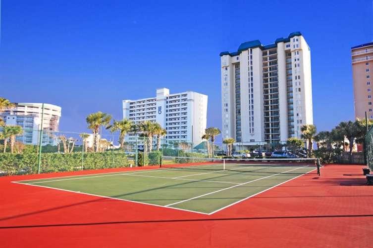 tennis courts at sandnsol destin condo jade east