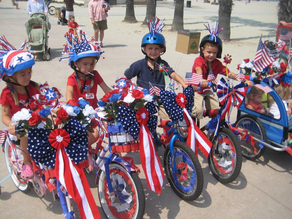 4th of July bike parade destin